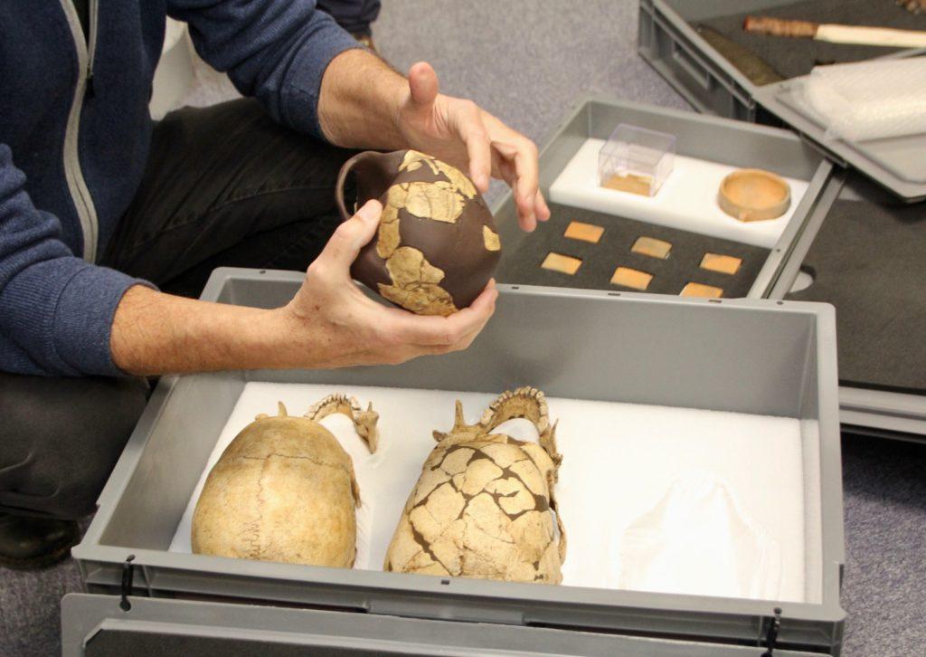 Une mallette préhistoire pour les écoles de Vendée